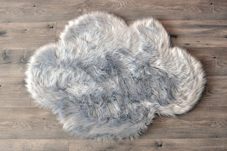 Machine Washable Faux Sheepskin Light Grey Cloud Area Rug