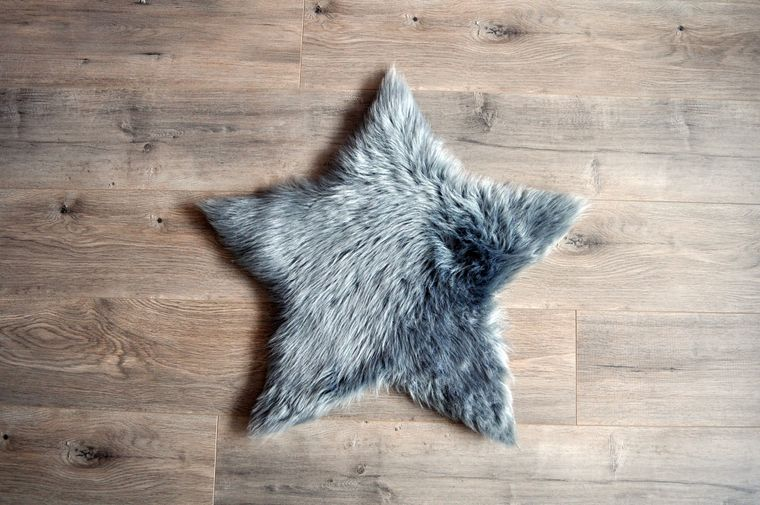 Machine Washable Faux Sheepskin Grey Star Area Rug