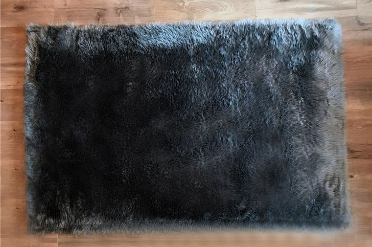 Machine Washable Faux Sheepskin Area Rug 4' x 6' - Grey