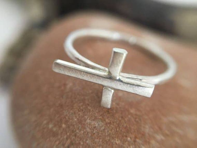 MiniCross Ring