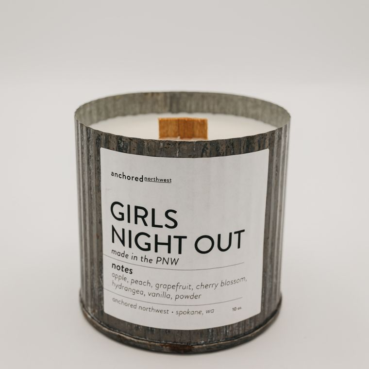 Rustic Vintage Soy Candle - Girls Night Out (10oz)