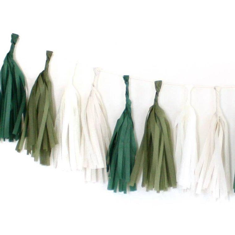 Evergreen Tissue Tassel Kit
