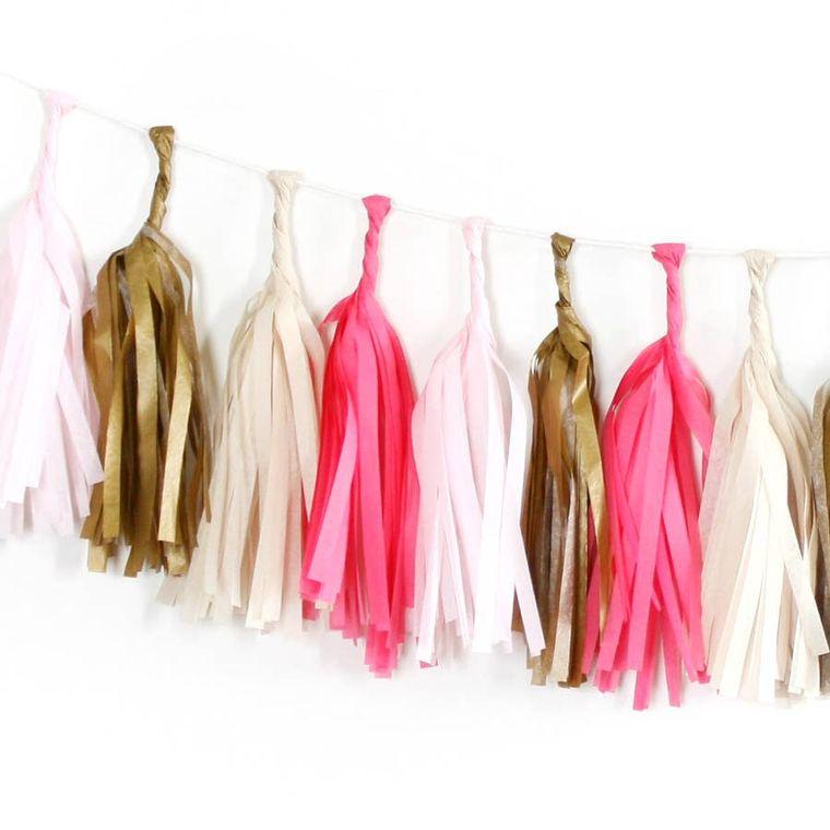 Sweetheart Tissue Garland Kit