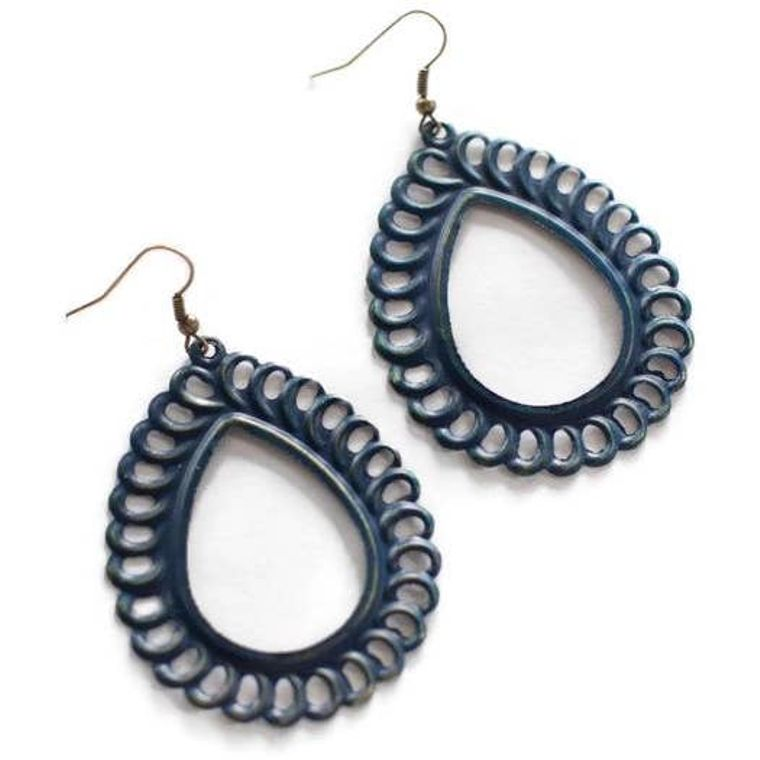Lacy Loop Lightweight Metal Earrings