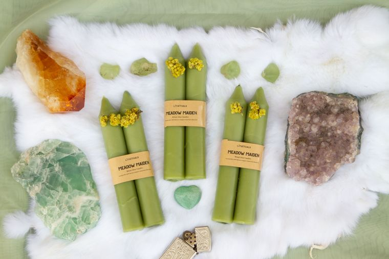 Meadow Maiden' Beeswax Altar Candles - Large