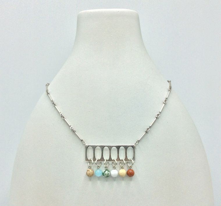 Mid Century Inspired Necklace - 4792