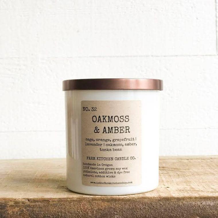 Oakmoss & Amber soy candle- white