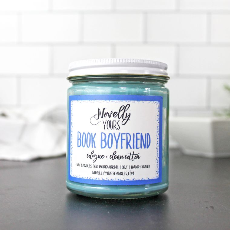 Book Boyfriend candle