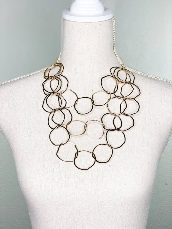 Elton Short Necklace