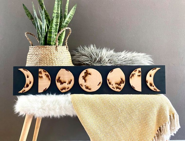 3D Engraved Moon Phase Sign