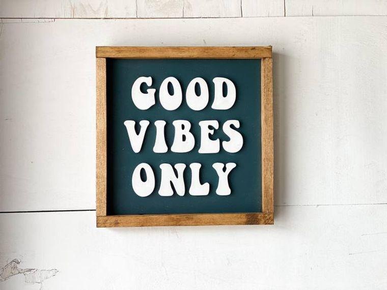 Framed 3D Good Vibes Only Sign