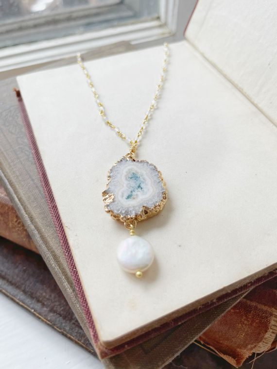 Agate & Freshwater Pearl Necklace