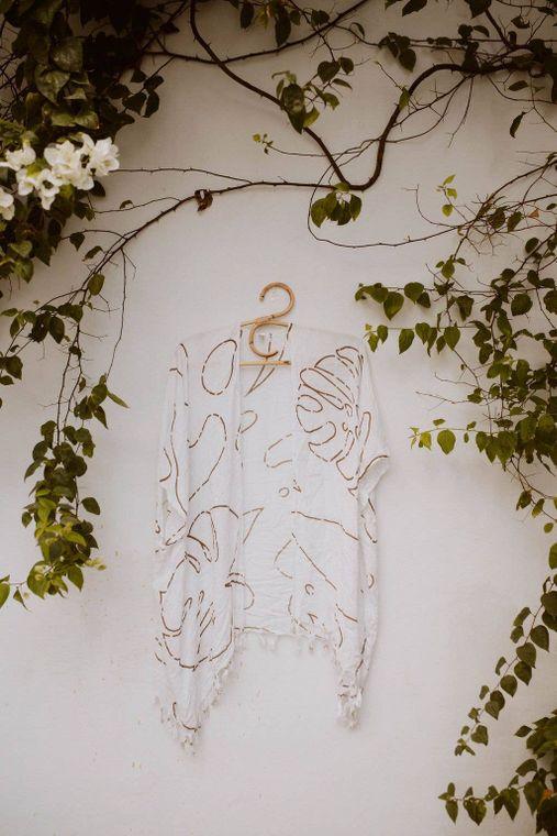 Monstera Kimono in White + Clay