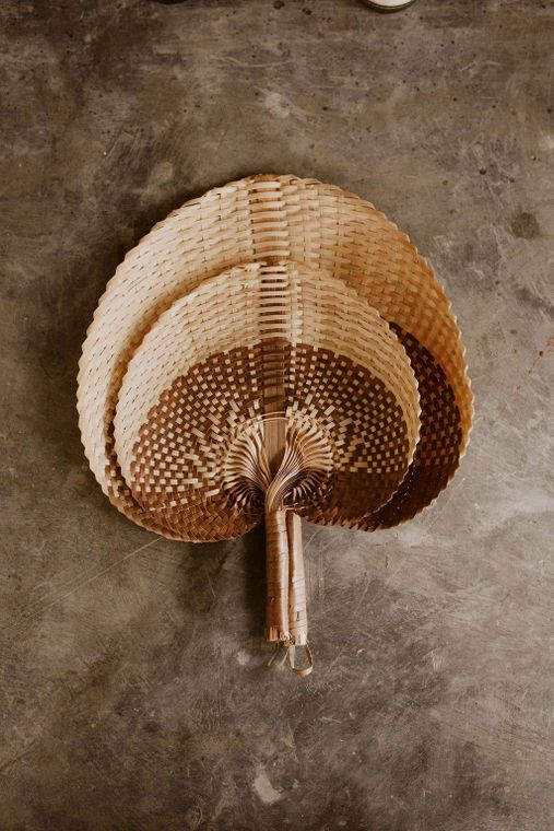 Woven Paradisio Fan in Amber Ombre - large