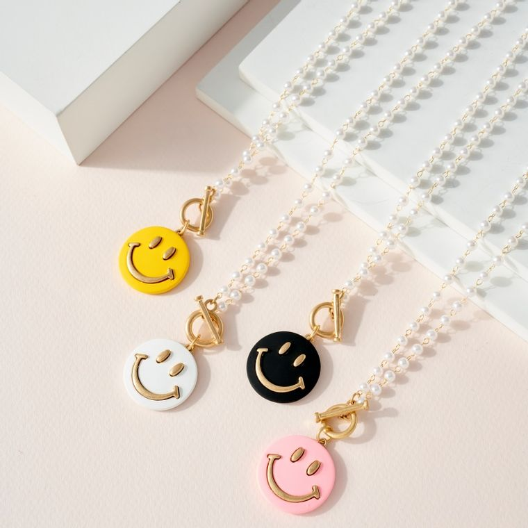 Pearl Beads Necklace with Smile Face Charm