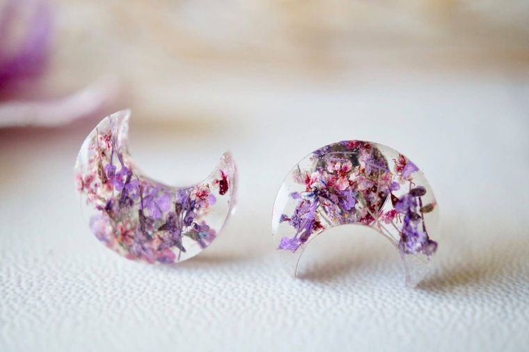 Moon in Purples Real Dried Flowers and Resin Stud Earrings