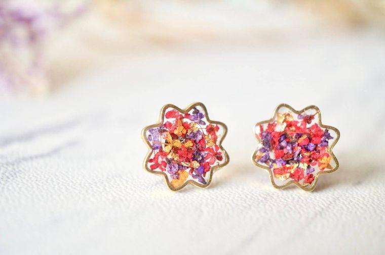 Real Pressed Flowers and Resin Flower Stud Earrings