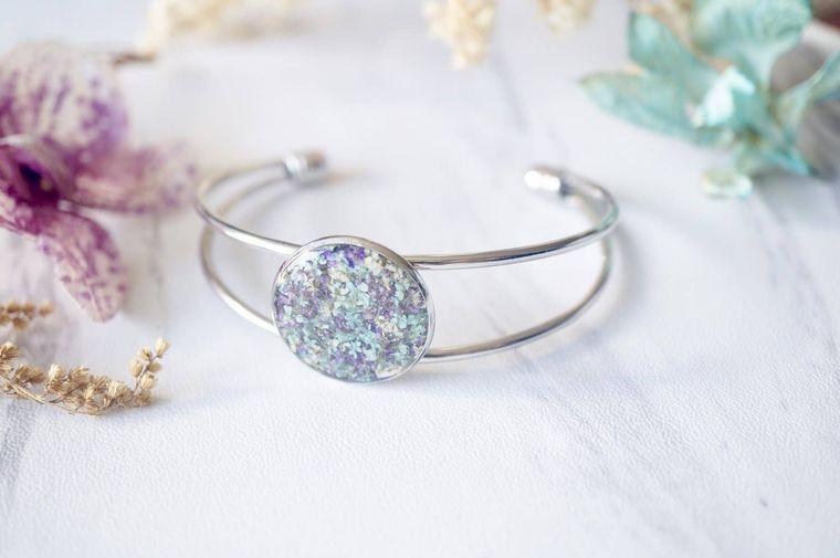Mint, Purple & White Real Dried Flowers in Resin Bracelet