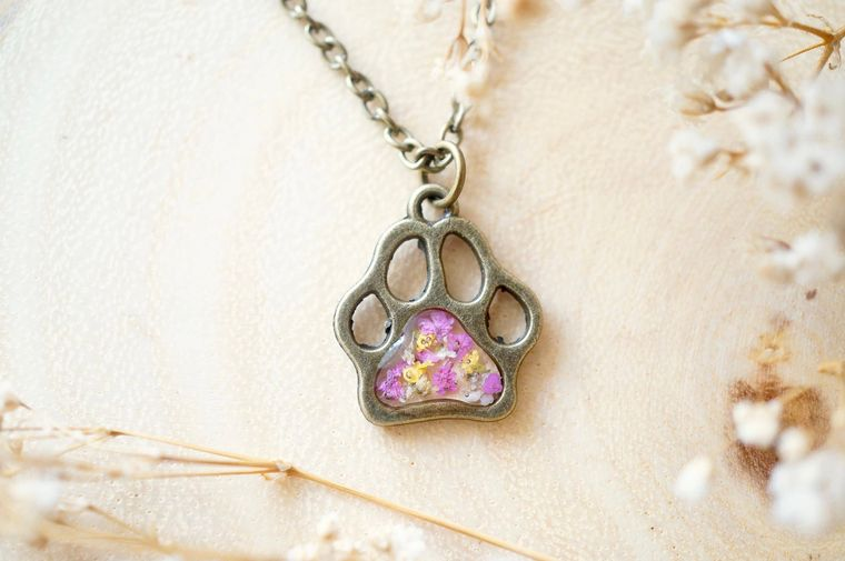 Real Pressed Flowers in Resin Necklace