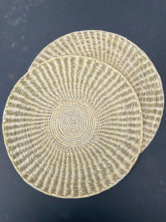 Sabai Grass Table Mats (set of 2)