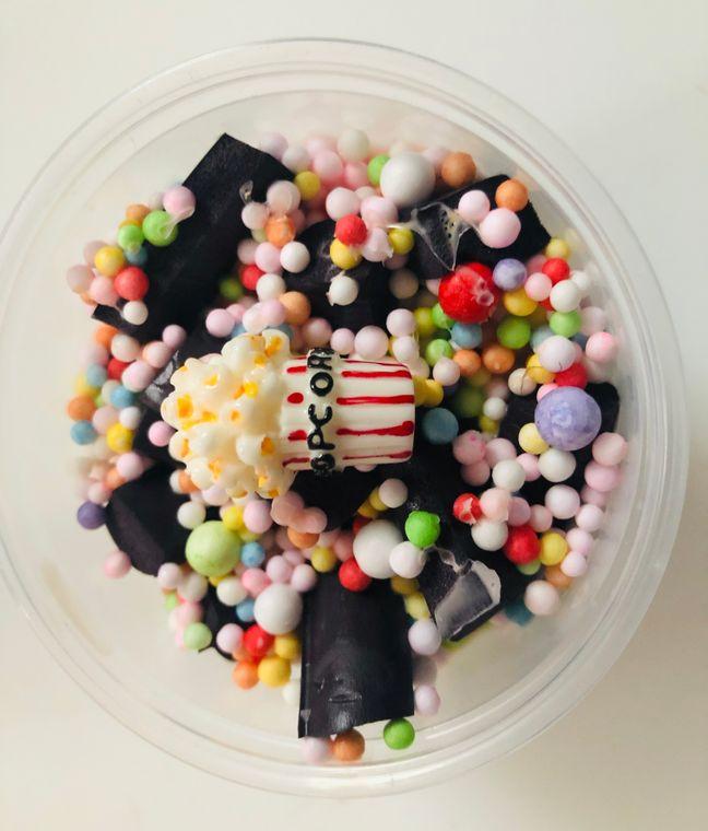 Color coated popcorn slime