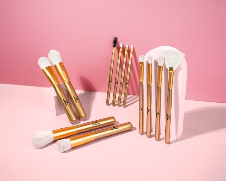MISS SWISS Makeup Brush Set | 12 pack | Vegan Makeup Brushes| Synthetic Makeup Brushes| Gold Handle