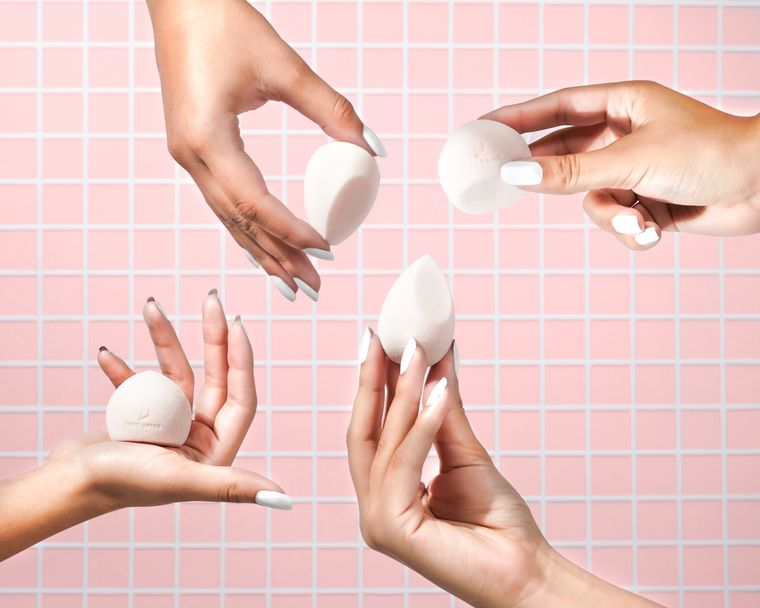 MISS SWISS Vegan Marshmallow Sponges| Round and Angled Makeup Blender Sponges| Apply Makeup Easily