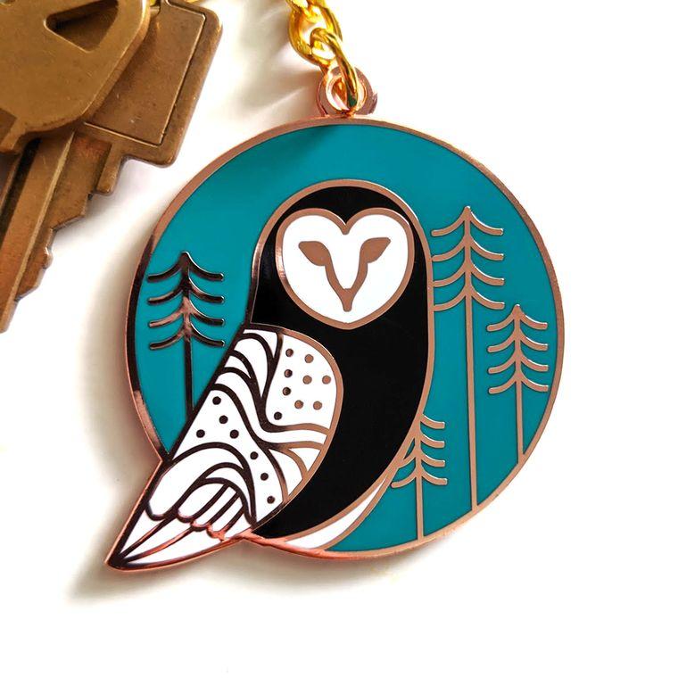 Barn Owl Enamel Keychain, Animal Keyring, owl gift, flying owl