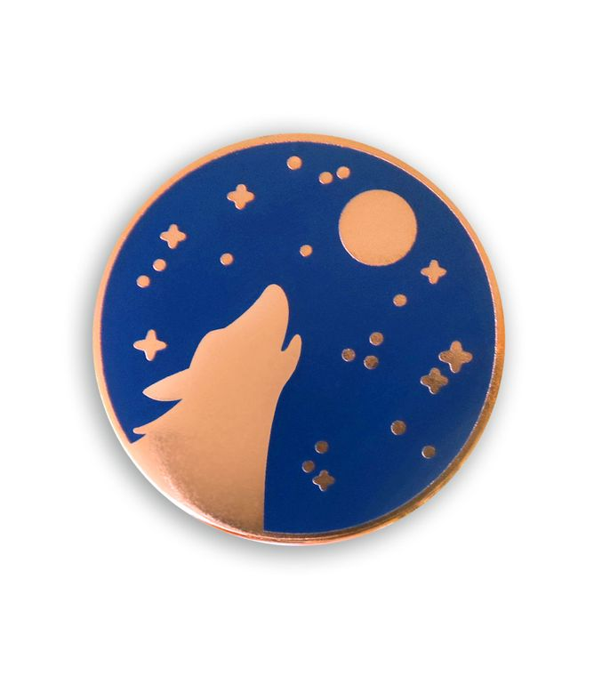 Howling Wolf Pin badge, Woodland Enamel pins, Halloween Enamel pin,Wolf and Moon lapel pin, Unique Wolf head Pin