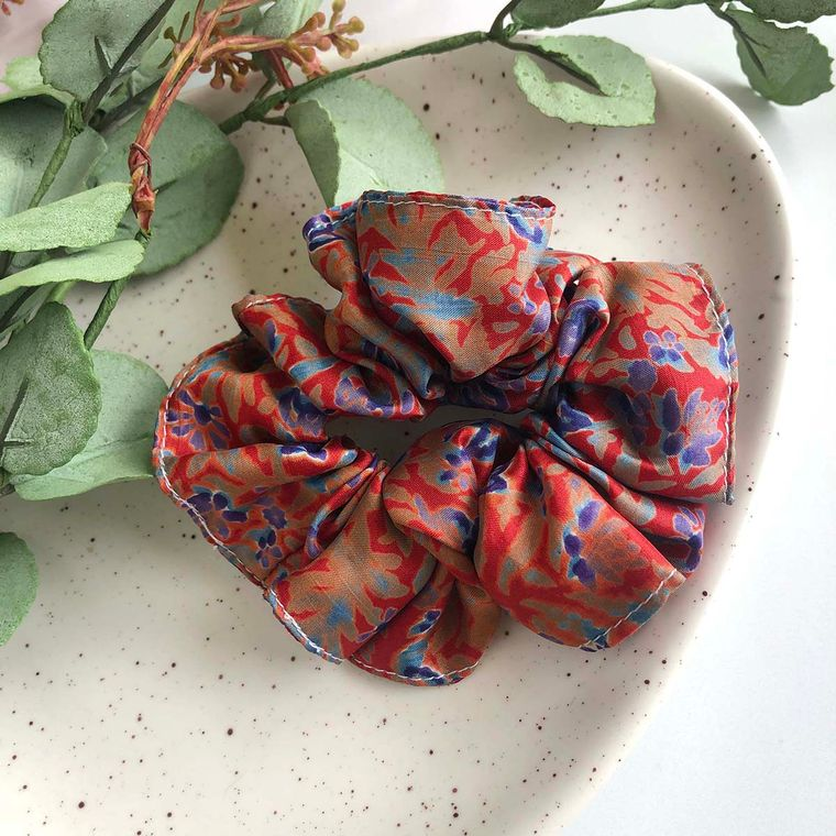 Sari Silk Scrunchie - Medium