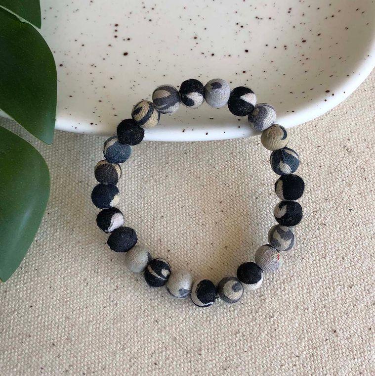 Kantha Chromatic Bracelet - Black/White