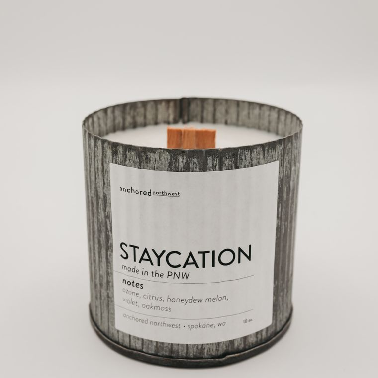 Rustic Vintage Soy Candle - Staycation (10oz)