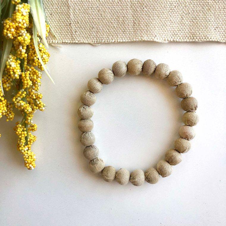Kantha Chromatic Bracelets - Beige
