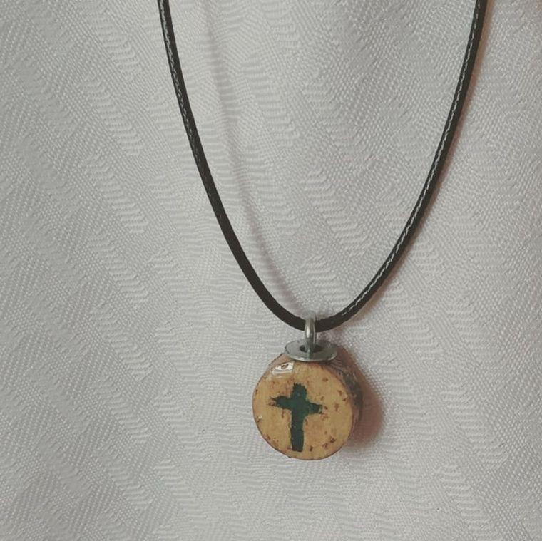 Cross wine cork disk necklace