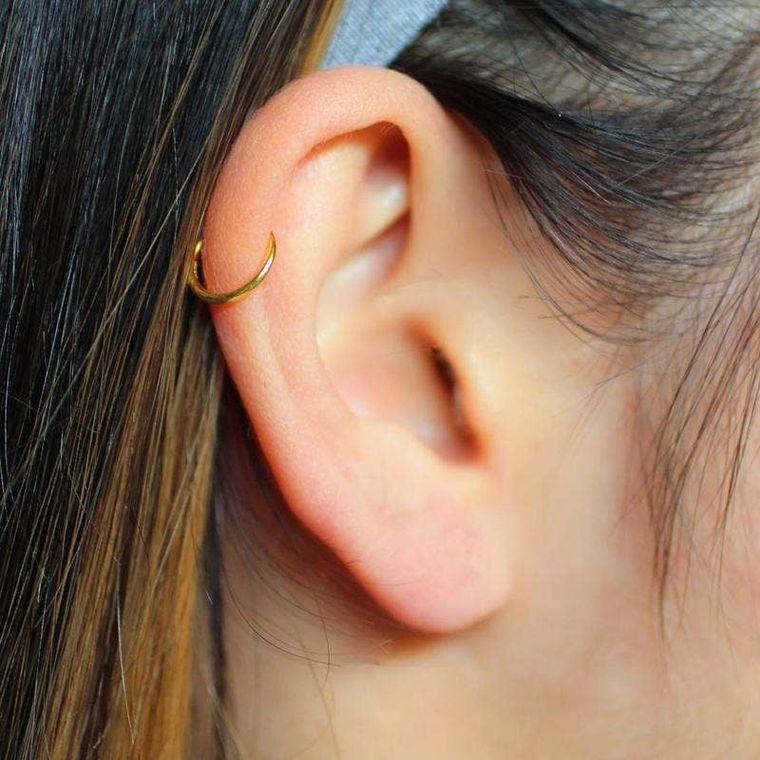 Gold Plain Ear Cuff