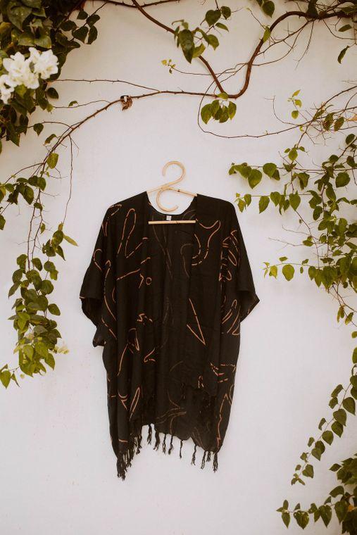 Monstera Kimono in Black + Clay