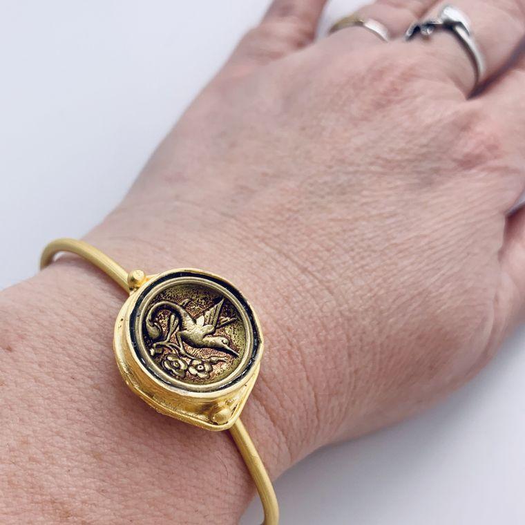 Antique Humming Bird Button Bracelet