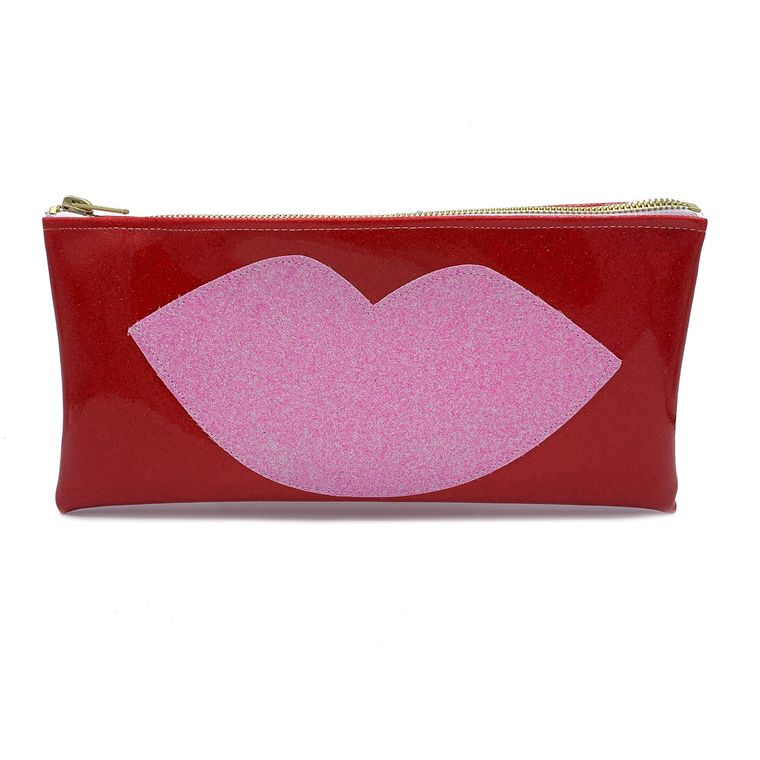 The Hot Lips Clutch!