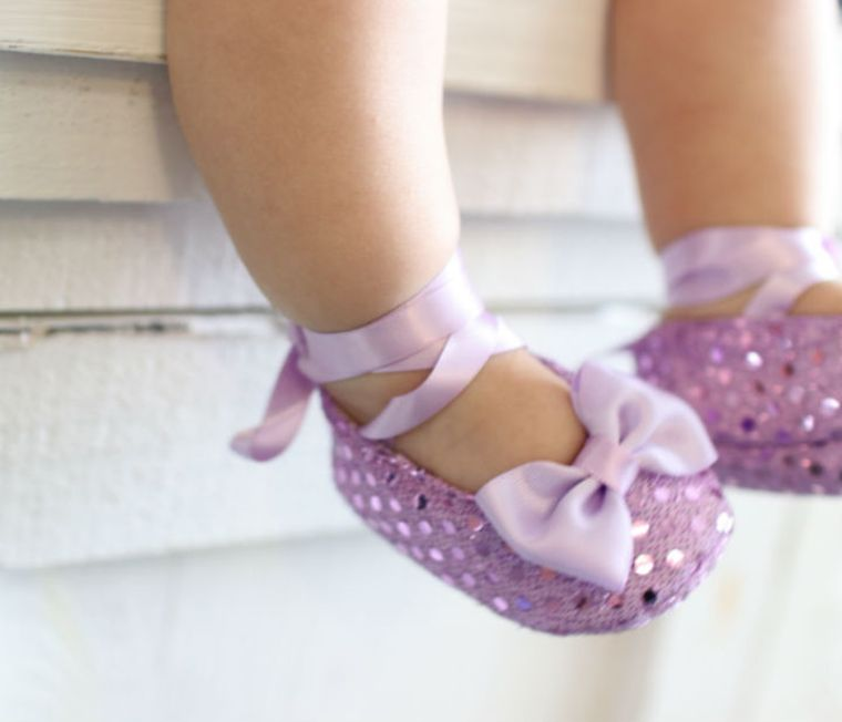 Musgravite light purple baby shoes 9-12 months old.  Anti-slip sole for pre-walkers & new walkers