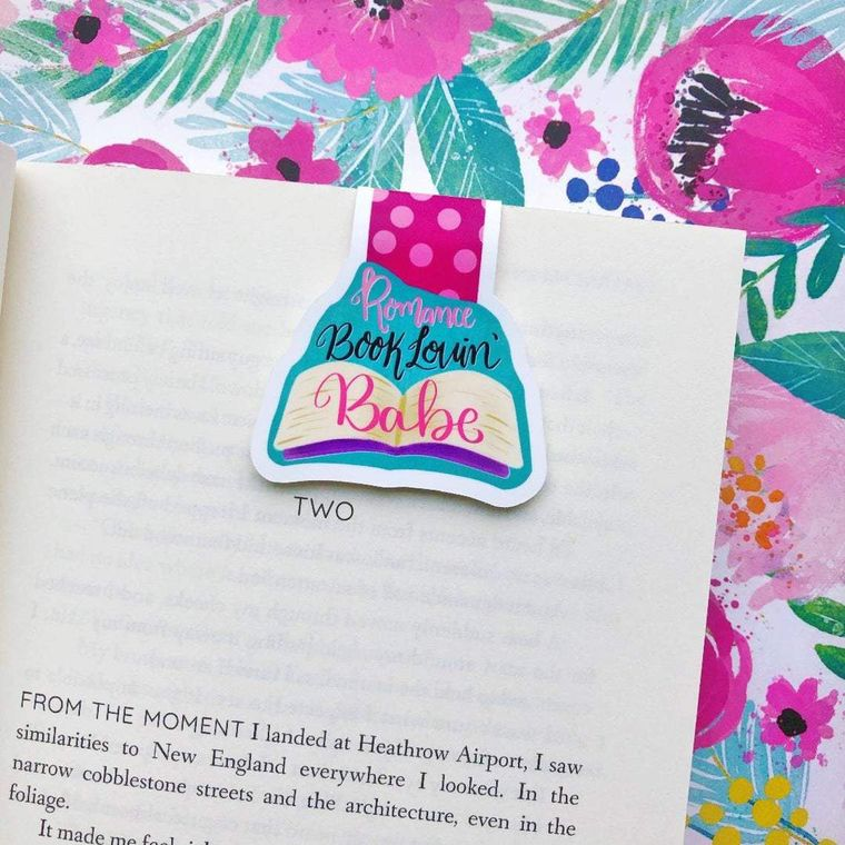 Romance Book Lovin' Babe Magnetic Bookmark
