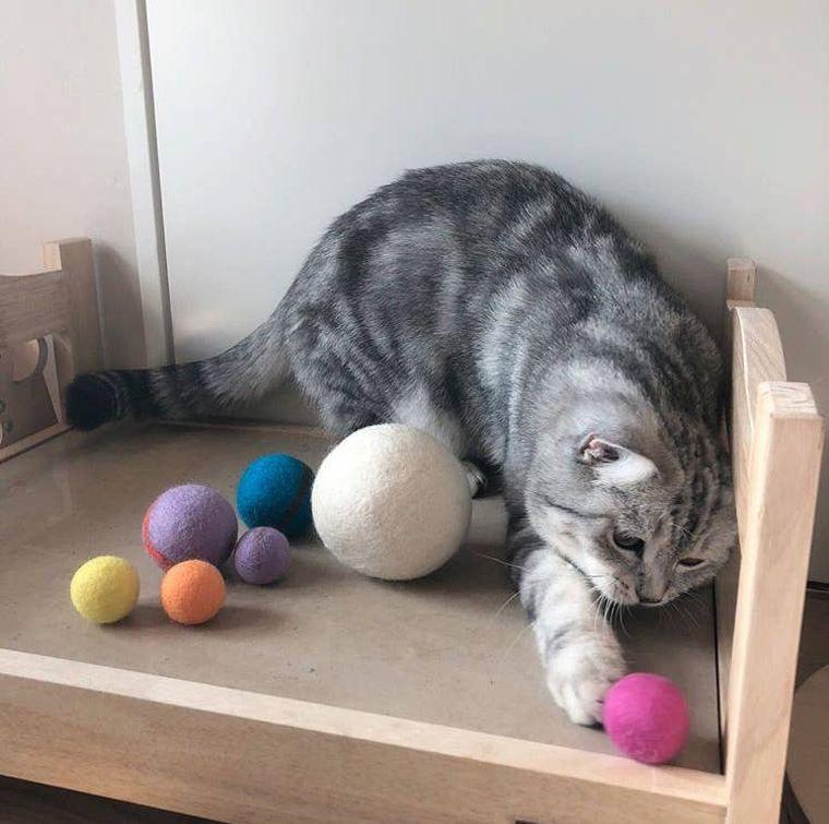 100% Wool Toy Ball (6cm)-WHITE