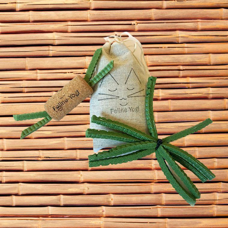 Green Yoga Cat Toy Gift Set