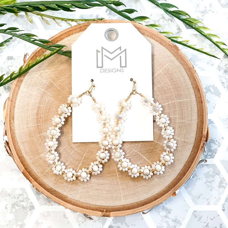 Flora Earrings - Ivory