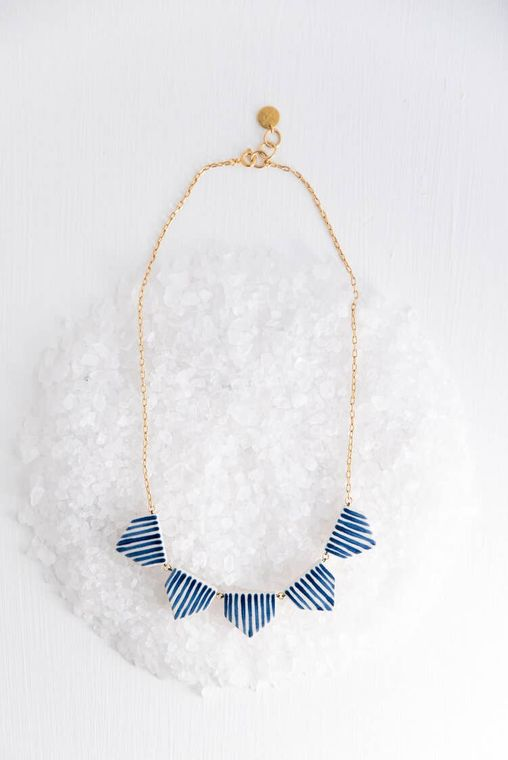 Midnight Circ Collar Necklace